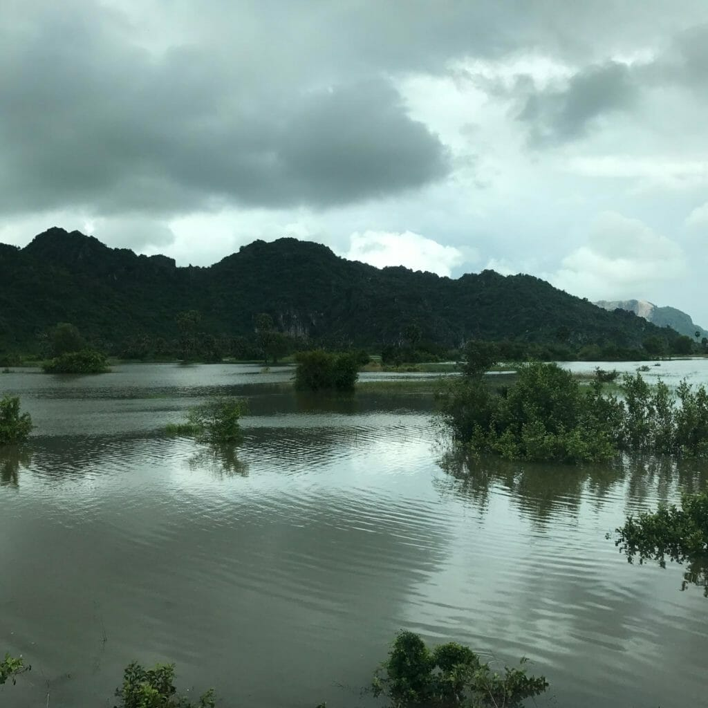 Ondergelopen Velden Trein Kampot
