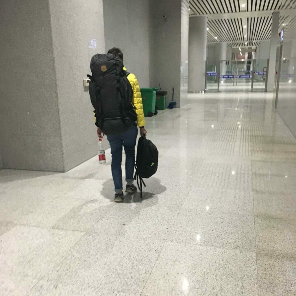 Huangshan-Tim-Sum-in-Huangshan-Treinstation-4
