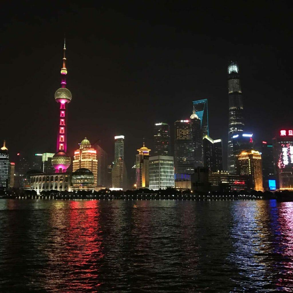 Shanghai-Skyline-Avond