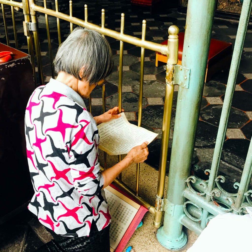 Taiwan Taipei Biddende Vrouw